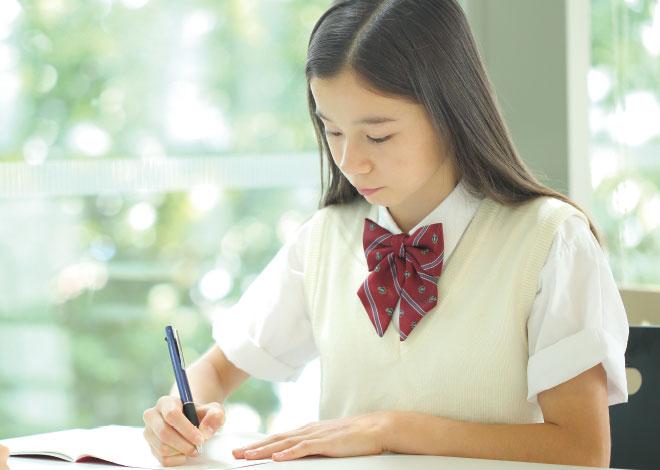 中学生は個性に合わせた多様なコースで無駄のない指導